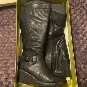 Knee high boots size 9